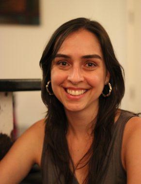 Flávia Mayer