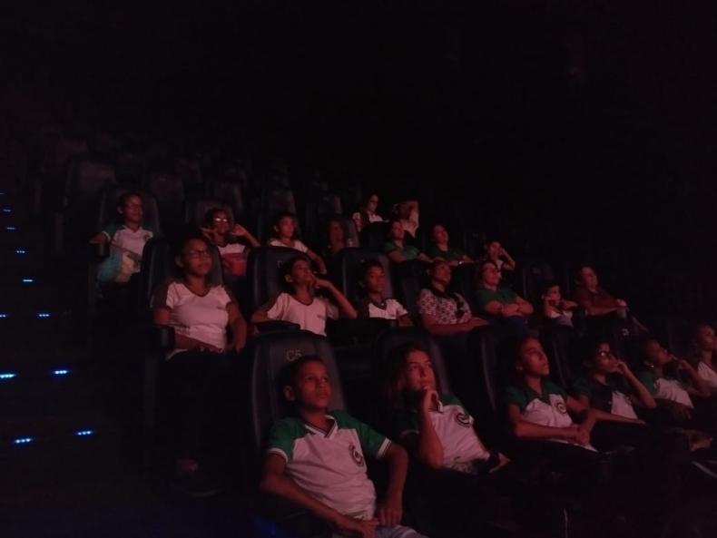 II Fest Aruandinha leva crianças de escolas públicas ao cinema pela primeira vez