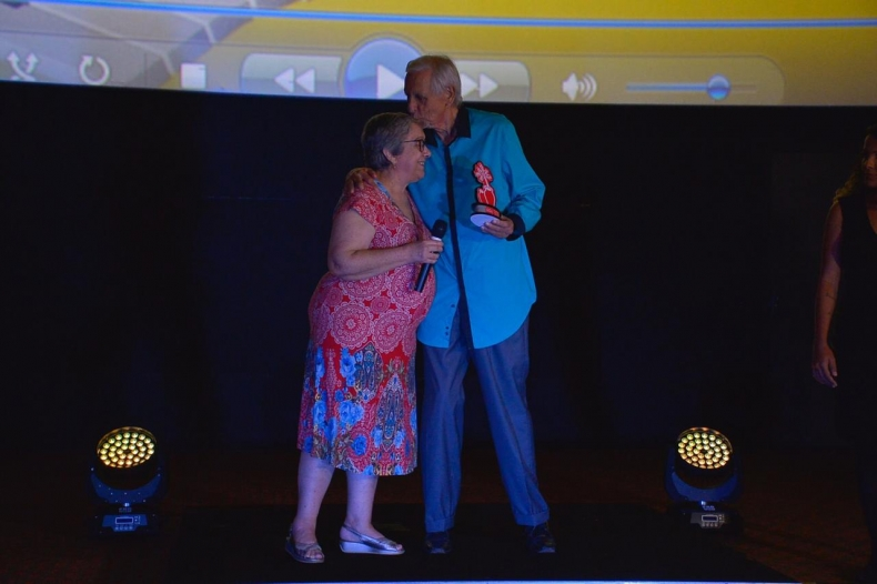 Willis Leal é homenageado na noite de abertura do Fest Aruanda